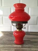 Piros petróleum lámpa