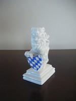 Nymphenburg porcelán oroszlán