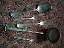 Antik étkészlet része, ezüstözött merőkanál villa kiszedő kanál süteményes villa