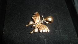 14K pillangó medál