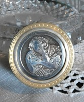 Réz szelence ezüst betéttel