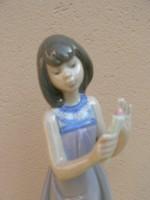 Porcelán Lladro porcelán lány