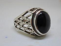 Szépséges kézműves nagy ónix köves ezüstgyűrű