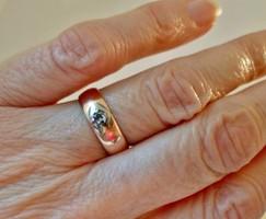 Gyönyörű antik gyémántköves arany gyűrű