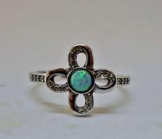 Szépséges opálköves ezüst gyűrű