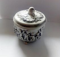 Vintage Capodimonte puttós porcelán doboz