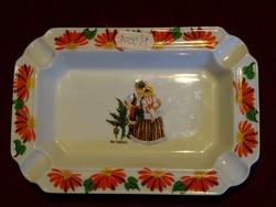 SEVE porcelán, LIMOGES francia hamutál. Tenerifei emlék, népi motívummal díszített.