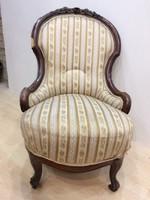 Régi neo-barokk fotelt