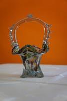 Muranoi jellegű üvegkosár.