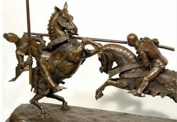 Gigantikus műalkotás - Harci lovagok