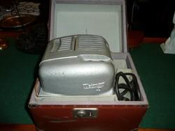 Antik WEIMAR 3 vetítőgép újszerű állapotban, vezetékkel és táskával
