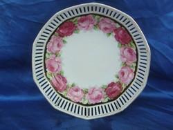 Áttört rózsás porcelán kínáló