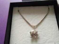 Elefánt ezüst medál +lánc