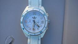 Újszerű állapotban levő Adidas chronograph karóra harmadáron.
