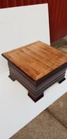 Egyedi,tömör tölgy,felnyitós dohányzó asztal