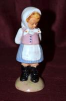 Kerámia lány figura  ( DBZ 0090 )