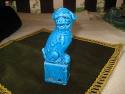 Kínai  FO  kutya  finom  porcelánból