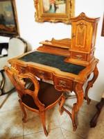 Neorokokó női íróasztal