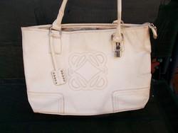 Nagy fehér táska. 40x25 cm