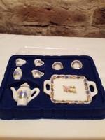 Porcelán miniatűr teás szett