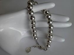 Szép és különleges ezüst karkötő