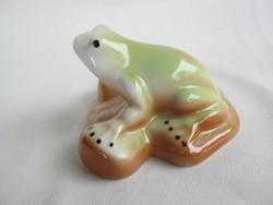 Porcelán béka