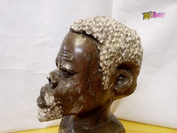 Bennszülött gránit figura torzó, kisplasztika aprólékosan megmunkált, kézműves műremek.