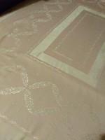 Antik damaszt terítő
