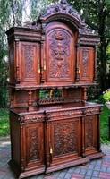 Reneszánsz óriás tálaló szekrény