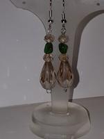 Smaragd és kristály fülbevaló, meseszép.