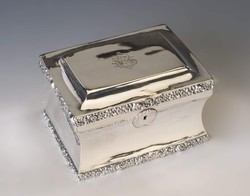 Ezüst antik pesti cukordoboz - Laki Károly munkája