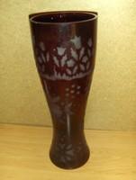 Retro bordó üveg váza cm 30,5 cm ()