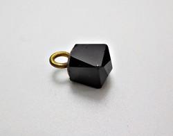 Régi pitykegomb fekete csiszolt kővel