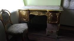 XV. Lajos korabeli aranyozott íróasztal és szék