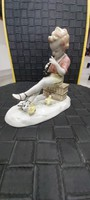 Wallendorf furujázó csibés figura