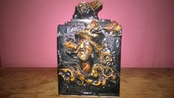 Régebbi, egyedi díszítésű kerámia doboz , tároló - fellelt állapotban