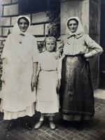 Régi fotó vintage női fénykép népviseletes csoportkép 1930