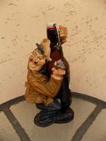 Mókás sörösüveg tartó figura 29 cm