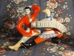 Orosz táncoló- zenélő páros porcelán