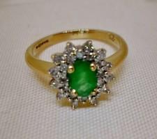 Szép margaréta  arany gyűrű smaragd és 0,25ct gyémánt kövekkel