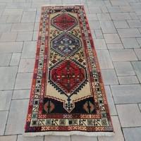 Kézi csomózású Iráni Shiraz Yalameh szőnyeg.