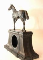 Lovas szobor, ezüstözött angol ón 1910 körül