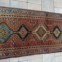 Kézi csomózású Iráni Shiraz Yalameh szőnyeg.147x56cm