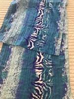 Kék mintás sál, 50 x 190 cm