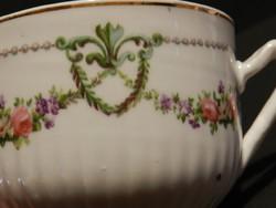 Antik girlandos,bordázott teás csésze , ritka gyűjtői darab