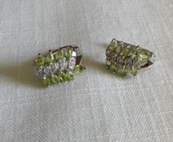 Természetes peridolt & fehér cirkónia 925 ezüst fülbevaló