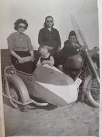 Régi motoros fotó vintage fénykép