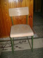 Retro csővázas iskolai szék