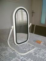 Asztali vagy fürdőszobai tükör