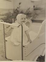 Régi gyerek fotó vintage fénykép babakocsi kép